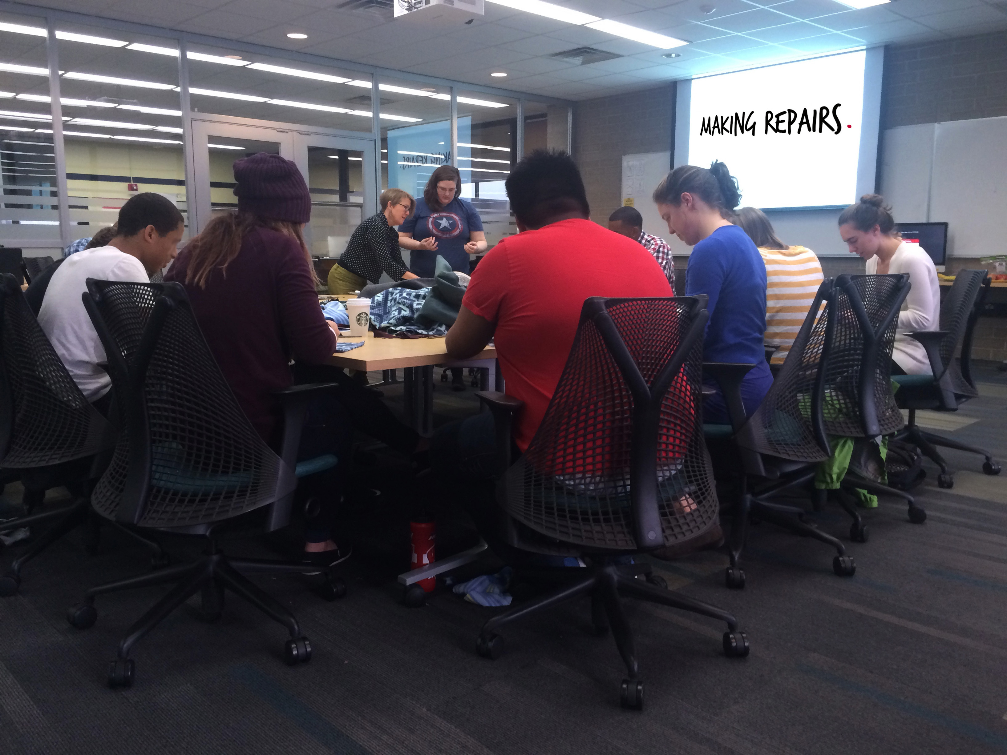 Teens and UW Students in Making Repairs session